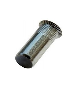 Заклепка M8*28 мм из стали с внутренней резьбой, потайной бортик, закрытая, с насечкой